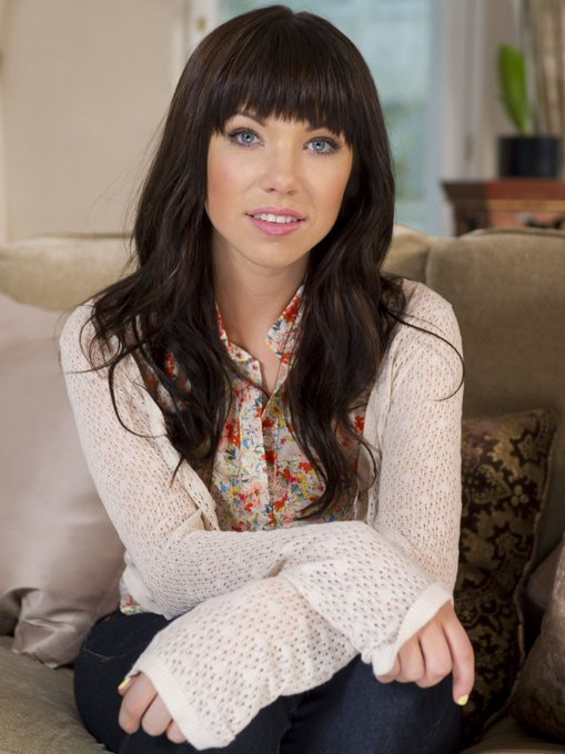 Happy Birthday to Carly Rae Jepsen who turns 35 today!