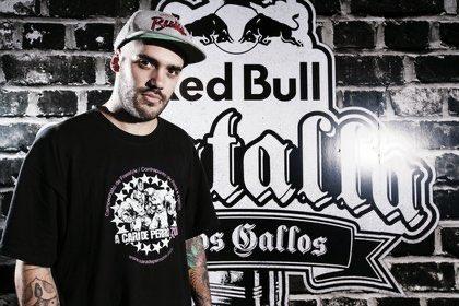 'Tata' y #RedBullArgentina:  Porque hoy se realizó la final de la Red Bull Batalla de los Gallos Argentina 2020, y Tata se coronó bicampeón. Representará a su país en la Final Internacional en República Dominicana, en diciembre https://t.co/cS7sbWDGkl