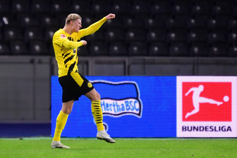 Герта - Боруссия 2:5. Golden Boy-2020 забил четыре гола за 30 минут и принес Дортмунду победу - изображение 1