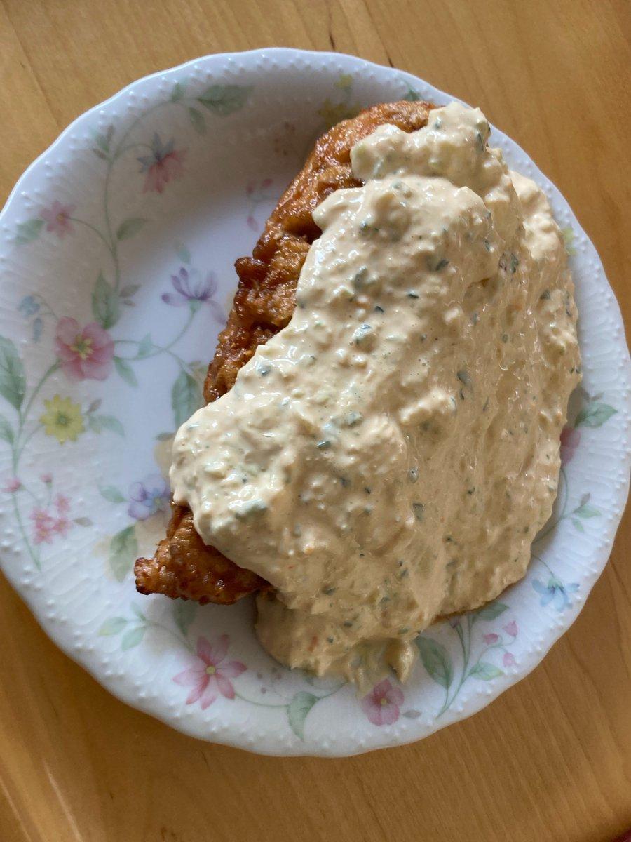信じられないかもしれないけど、このレシピ通りに作れば本当におぐらのチキン南蛮の味になるよ。試してみてー。コツはキュウリと玉ねぎのみじん切りを出来るだけ細かくすることかな。