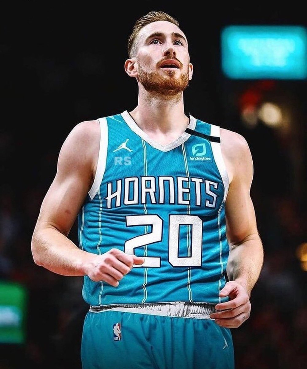 To the city of Charlotte, I can't wait to start the next chapter in my career! I am ready to play for another incredible organization with the @Hornets. Let's get it!