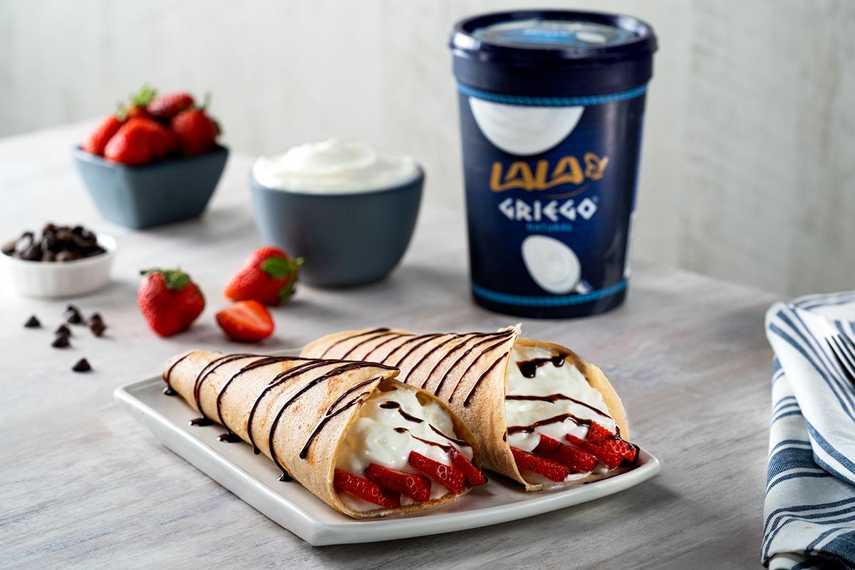Conoce una nueva manera de preparar Crepas con Yoghurt Griego, ¡son tan deliciosas que se convertirán en las favoritas de tu familia! 💙👩🏻🍳 Receta AQUÍ ⬇
