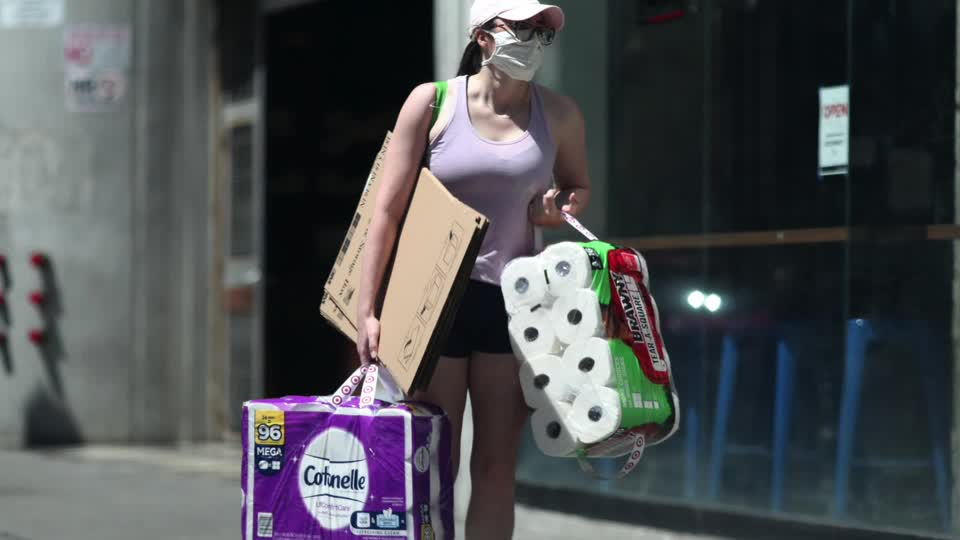 It's happening again: panic buying amid the pandemic. Americans are scrambling for essentials, including toilet paper and cleaning supplies https://t.co/4zKqmUd6vH https://t.co/OmXae9N0GU