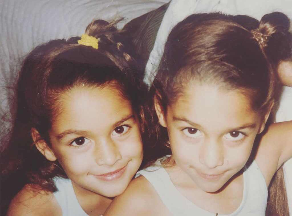 Wishing Nikki and Brie a very Bella Birthday. 💛(📷: Instagram)