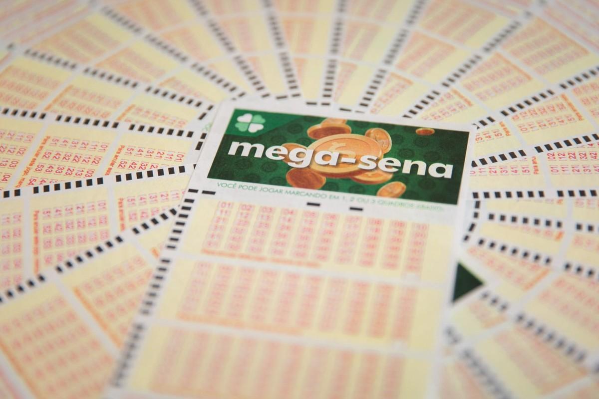 Mega-Sena, concurso 2.320: aposta de Ribeirão Preto (SP) ganha sozinha mais de R$ 76 milhões https://t.co/nthiiT2wKX https://t.co/ftt3sJZMVY