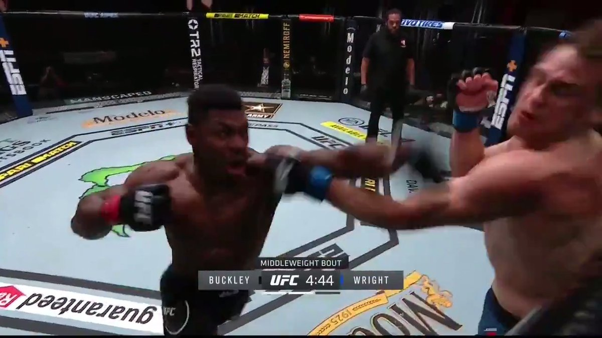 THIS KO POWER 🤯 @espnmma   Stream #UFC255 on ESPN+ ➡️ https://t.co/3pzpCJBuFO https://t.co/PytTo4tkv1