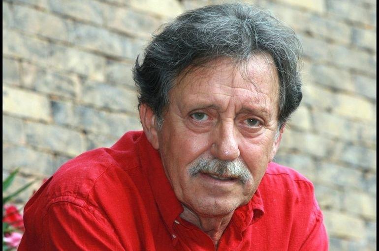 Elhunyt az Omega egykori basszusgitárosa, Mihály Tamás https://t.co/NvTypP26y5 https://t.co/BptIfTKxj0