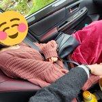 車で彼女を横に乗せたときの彼氏が優しい…『起こさずどこまで運転できるかチャレンジ』