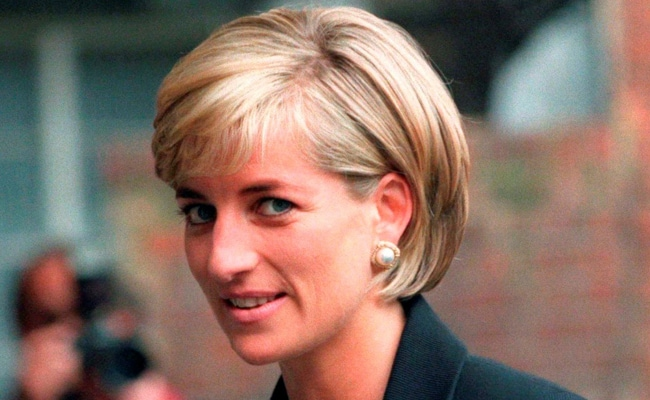 UK's Prince Harry Welcomes BBC Probe Into Princess Diana Interview