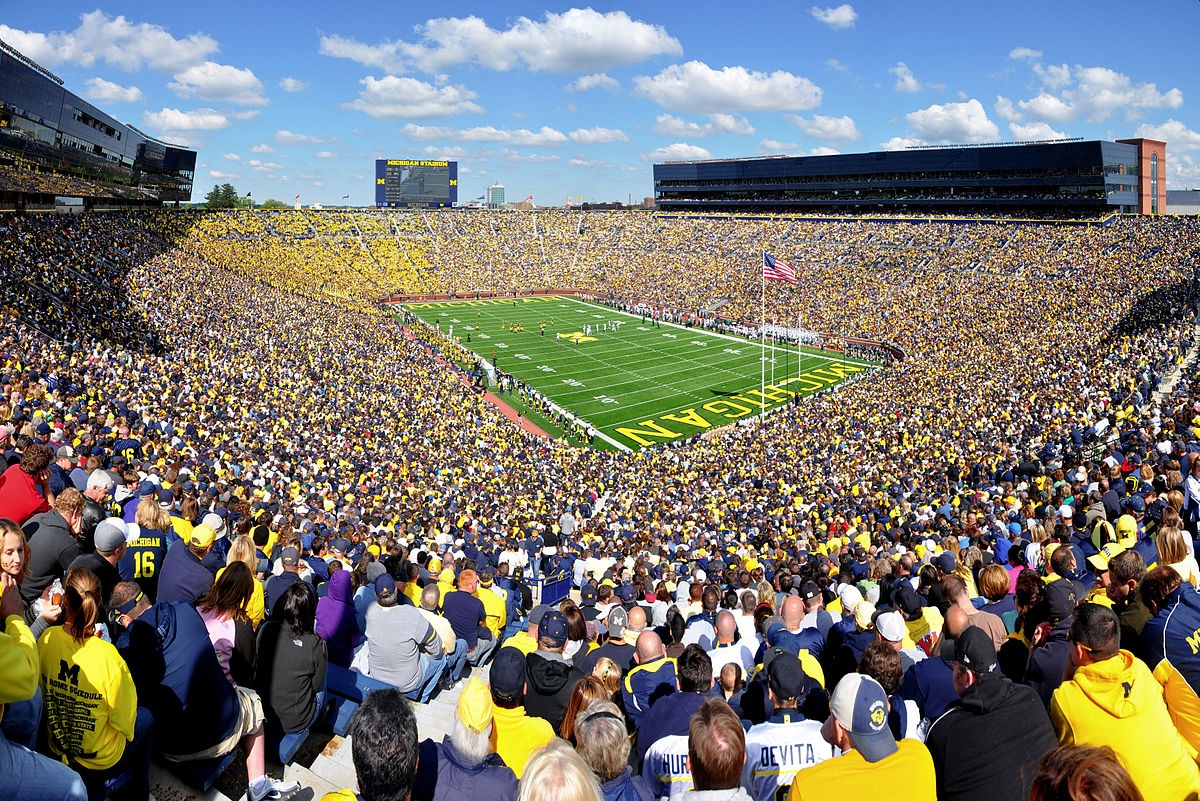 Michigan                             COVID-19  Stadium                             Death toll  Full with                                258k 107,601