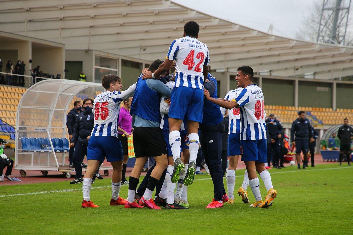 ⚽ Arouca-FC Porto B  👉 Liga Portugal 2, 10.ª jornada  #FCPorto #FCPortoB #LigaPortugal2 https://t.co/o4WK9dLDD1