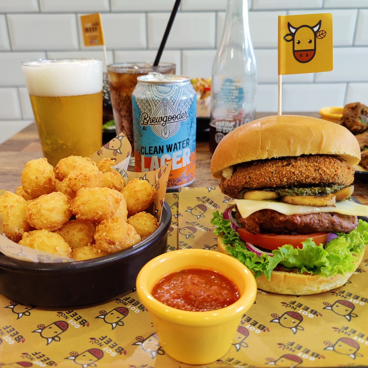 Our MVP burger with tots and a @BrewGoodr Clean Water lager make a great pairing 🍔🍺  We are open until 6pm and, as usual, we have set tables aside for walk-ins so we can welcome as many of you as possible! 💚 https://t.co/c3i7gkHGLr