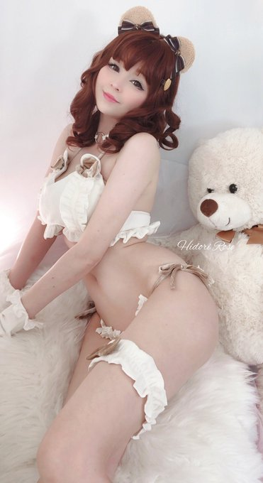 1 pic. Who needs a soft bear to sleep with?   A bonus selfie set is up on P❤️treon for all supporters