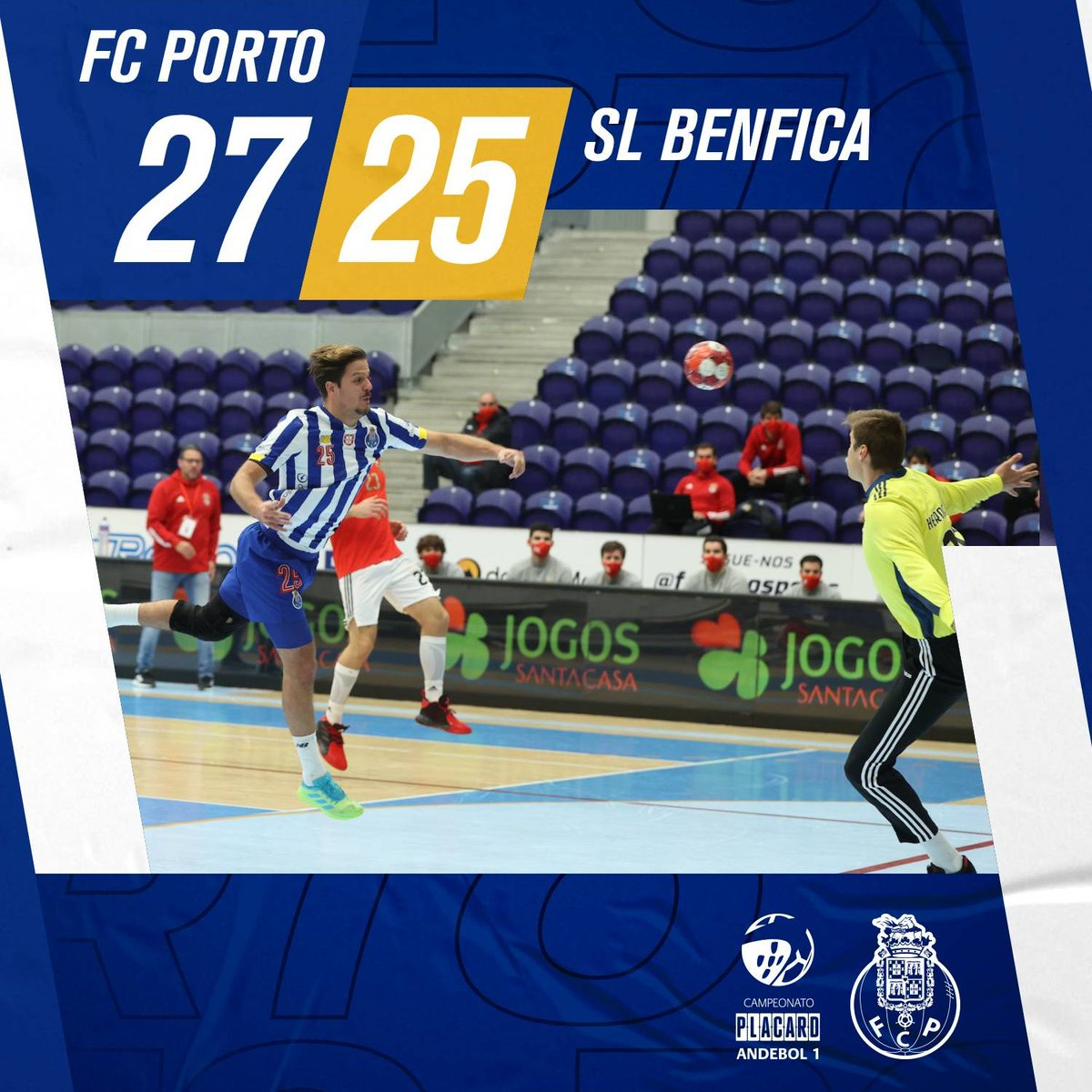 🤾♂️Vitória no Clássico!🤾♂️   💪Única equipa invicta no Campeonato de Andebol  💙Vamos, Dragões!  #FCPorto #FCPortoAndebol #Andebol #FCPortoSports https://t.co/9N9rZJcyIq