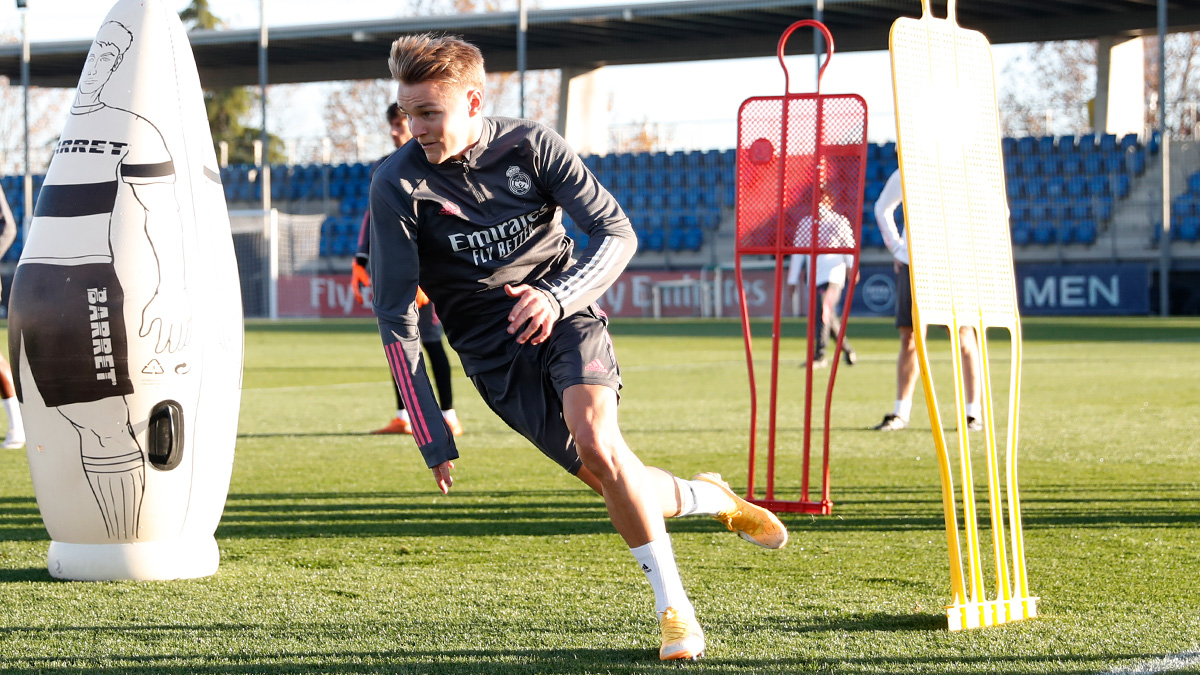 ☕ Good morning, madridistas! ☀️ 🌱🏃♂️ The players will return to training at #RMCity at 11am CET! ⏩ @ChampionsLeague #HalaMadrid