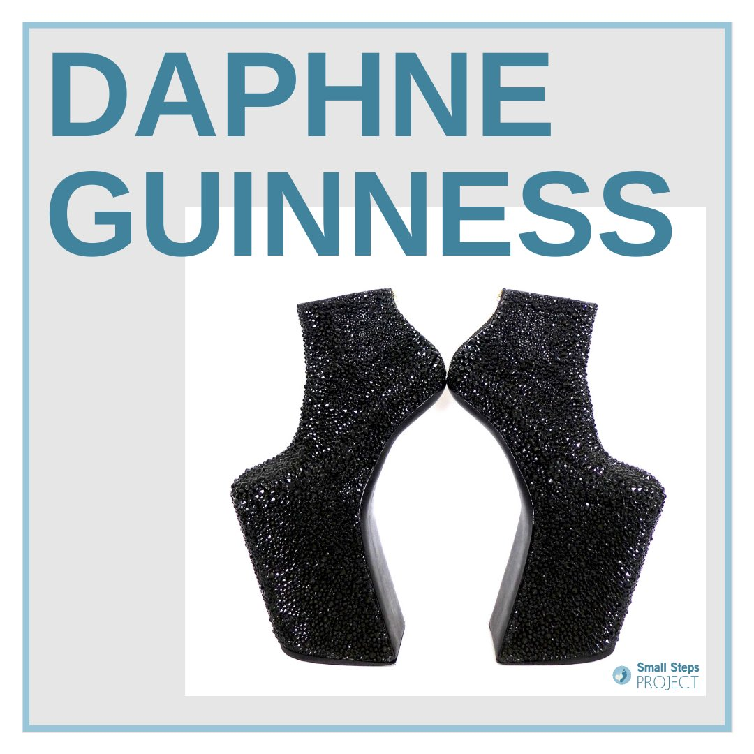 Thank you SO MUCH @DaphneGuinness for donating your incredible shoes to your charity!💙 This is the first time Daphne has donated to Small Steps Project and we have been absolutely floored to have her spectacular #noritakatatehana heel-less boots, made from @swarovski crystals!