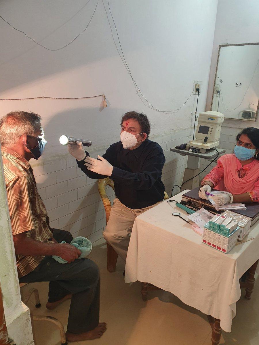 @BJP4India @narendramodi आज रविवार  को पंजाबी अस्पताल सलारपुर मे आयोजित नेत्र शिविर  मे *75* लोगो का नेत्र परिक्षण कर दवा  का वितरण एंवम 21 लोगो का मोतियाबिन्द  का आपरेशन फेको विधी द्वारा का पंजीकरण  किया गया, इस अवसर पर  डा प्रियंका सेठ , का विशेष  सहयोग रहा ,^कोविड की गाईड लाईन का पूरा ध्यान  रखा गया^