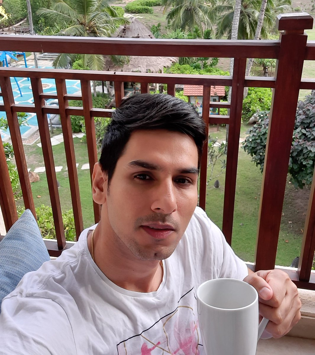 Quarantine Day 3 in Hambantota with my Srilankan tea , Cannot wait to hit the ground 🏏🏏🏏 #sudeeptyagi #lplt20 #t20cricket #indiancricketer #srilanka #dambullaviiking