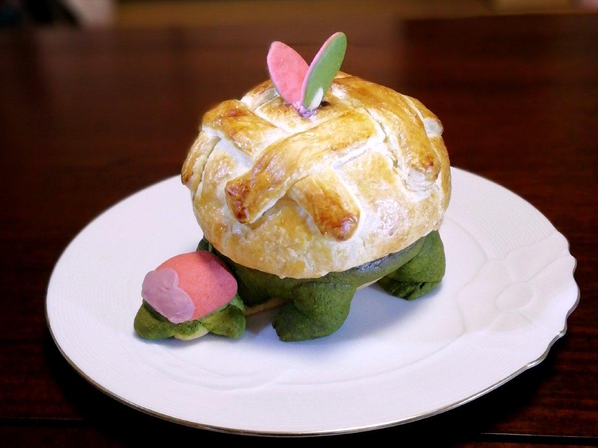 今日のおやつ タルップルちゃんのあまーいアップルタルトパイ~🍎
