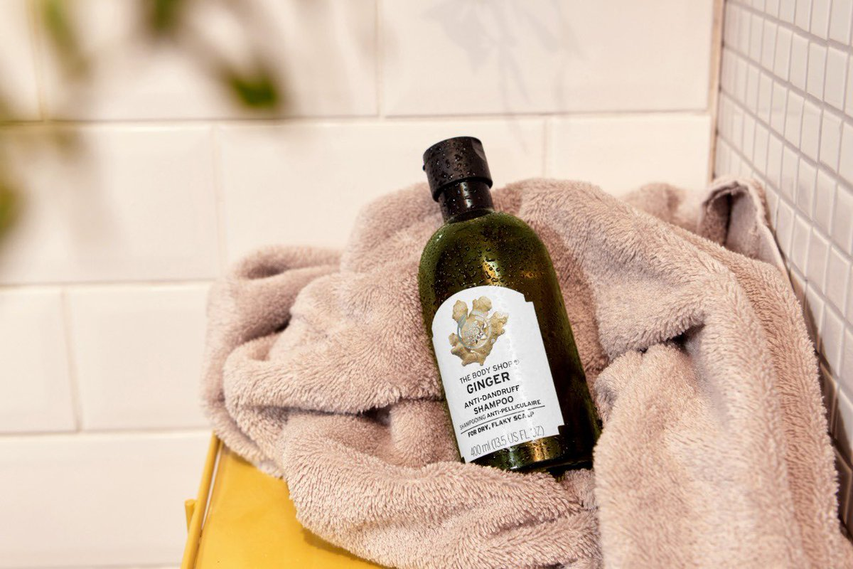 Battling dry, flaky scalp this winter? Soothe your scalp with Ginger Anti-Dandruff Shampoo. It's enriched with ginger extract, birch bark extract, white willow bark extract and Community Trade honey. Shop Online, in-store or via home delivery call +917042004412 #TBSInd #Ginger