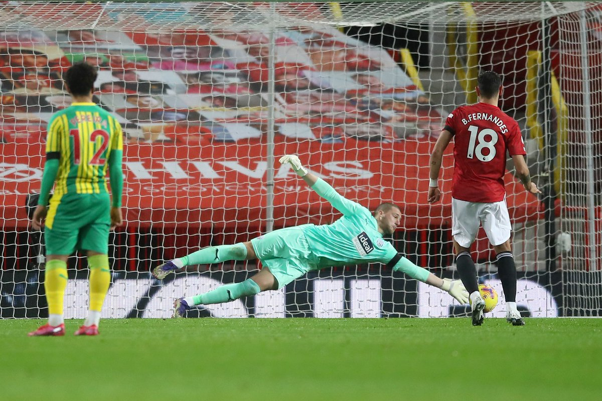 Moving off the line early yesterday, saw @samjohnstone50 denied a great penalty save...  For many years I have held the view that the keeper should be allowed to move anywhere in the six yard box from a spot kick.  Harder to score? ✅  More realistic?  ✅  Easy to administer? ✅