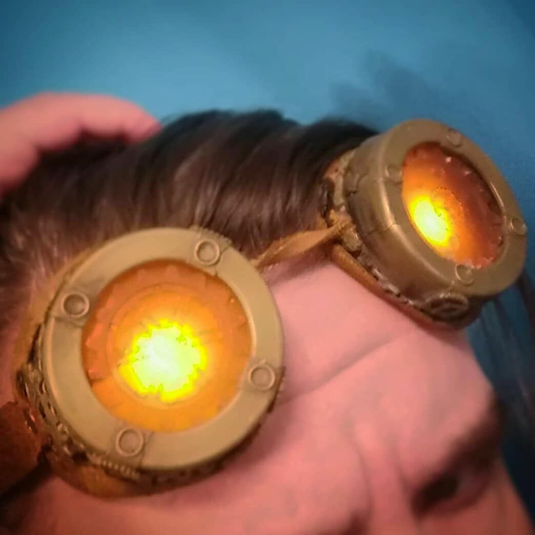 Another pic with 💛 amber lenses ✨  Here's our Craftsman with #goggLEDs on ☺️💛  You can learn more about our #steampunk goggles with LEDs here:  https://t.co/VWtIXv3xMs