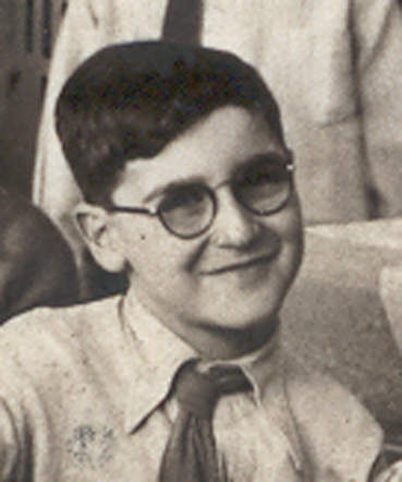 23 November 1928 | Dutch Jewish boy David Jacob Gokkes was born in Amsterdam. In February 1943 he was deported to #Auschwitz. He did not survive.