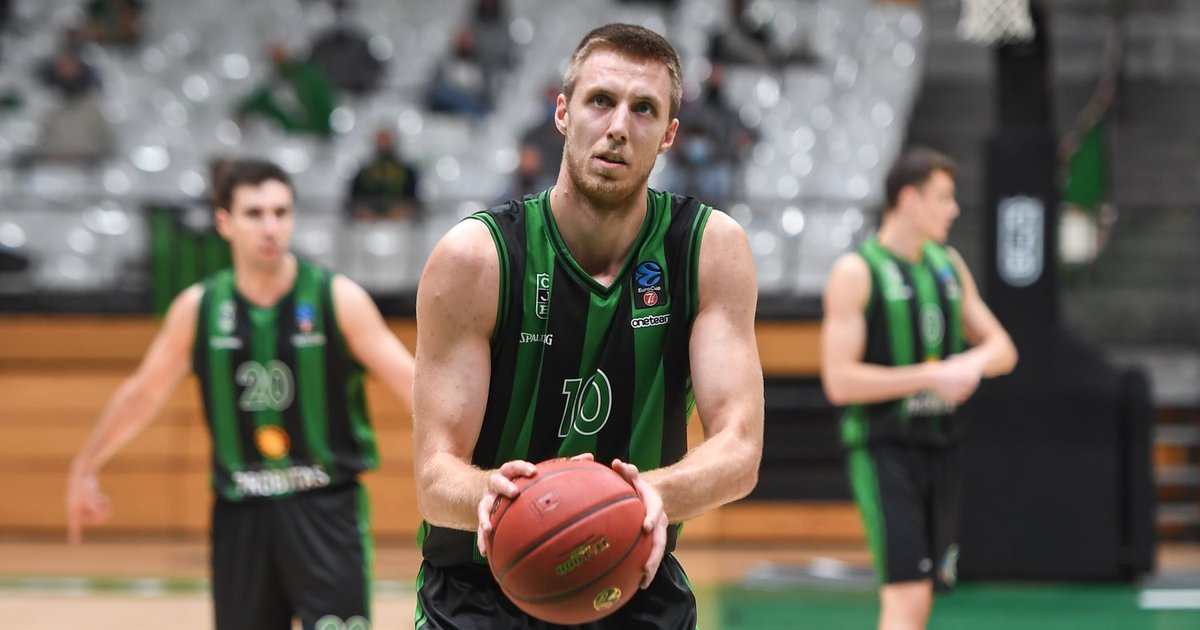 Vlado Brodziansky @brodzo10 keeps his impressive season, as his 23 points and 6 rebounds are more than enough to lead @Penya1930 to one more road win in the Spanish @ACBCOM #octagon
