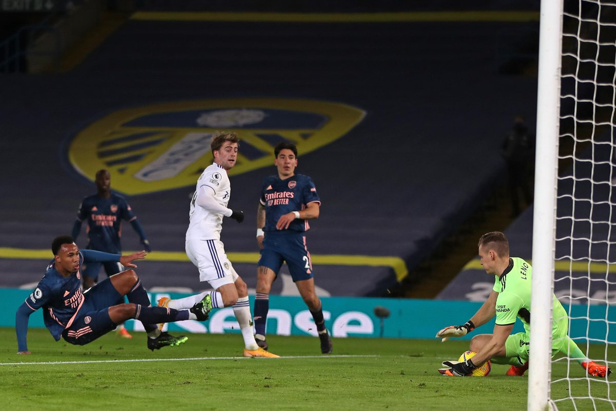 HALF-TIME Leeds 0-0 Arsenal  The hosts have had the best chances but it remains goalless at the halfway stage  #LEEARS