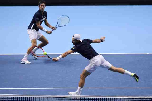 Édouard Roger-Vasselin et Jürgen Melzer s'inclinent en finale du Masters de double - L'https://t.co/b5Y2aGWrVs https://t.co/SkK9DFdzIf https://t.co/oQFTAWOxvL