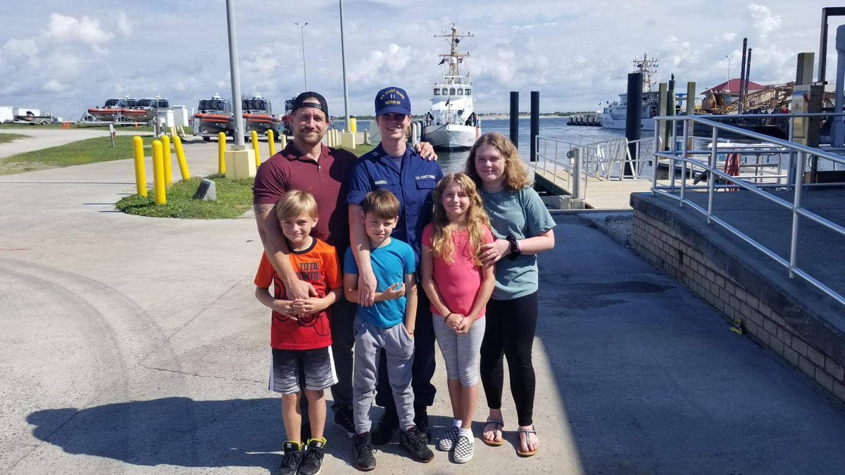 In celebration of Military Family Month, Meet the Mawell Family! Families play a crucially important role in the lives of each and every #USCGR member. In honor of Military Family Appreciation Month, send your favorite family photos to uscgreservepao@uscg.mil!