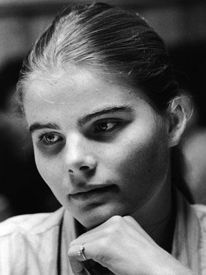 Happy Birthday to Mariel Hemingway who turns 59 today.