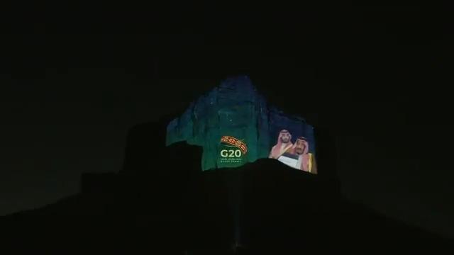 جبل طويق يحتفي باختتام قمة الرياض لقادة #مجموعة_العشرين بنجاح   @qiddiya