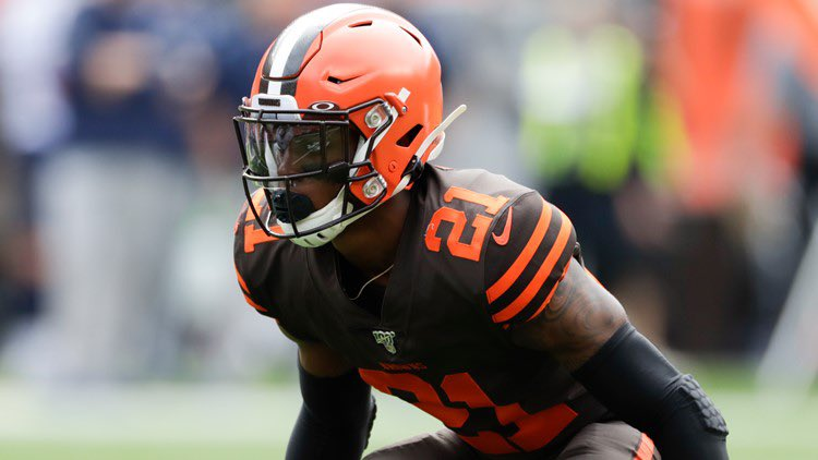 Replying to @clebrownsszn: INTERCEPTION! Denzel Ward picks off Carson Wentz, and that should seal this game up!