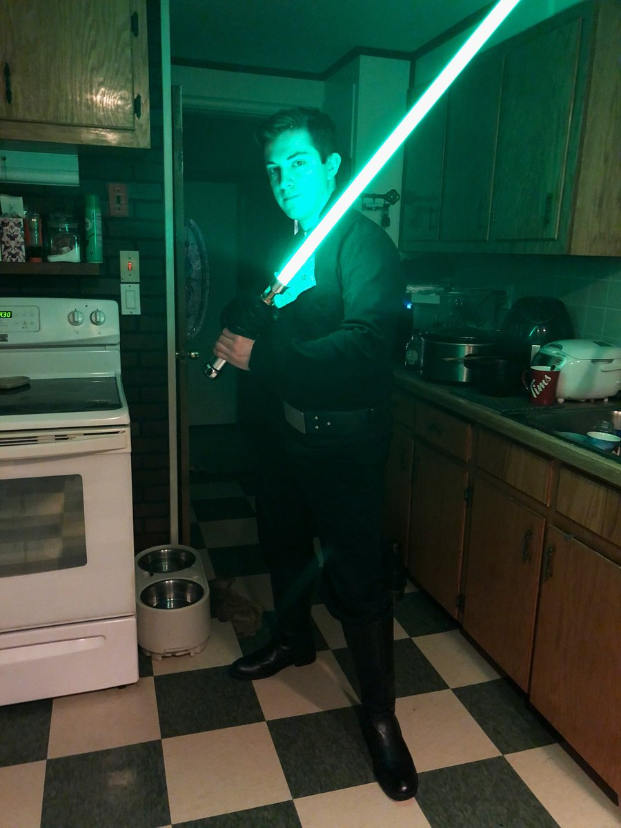 Cloneman16 - My Luke Skywalker cosplay that I forgot to post about forever ago. Pretty happy with it :)