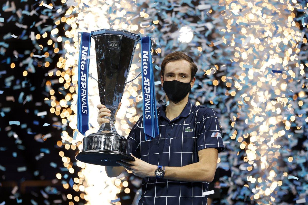 Singles champions in London 🇬🇧   09: Davydenko 10: Federer 11: Federer 12: Djokovic 13: Djokovic 14: Djokovic 15: Djokovic 16: Murray 17: Dimitrov  18: Zverev  19: Tsitsipas 20: Medvedev  @DaniilMedwed #NittoATPFinals https://t.co/Ld2iETrLq8