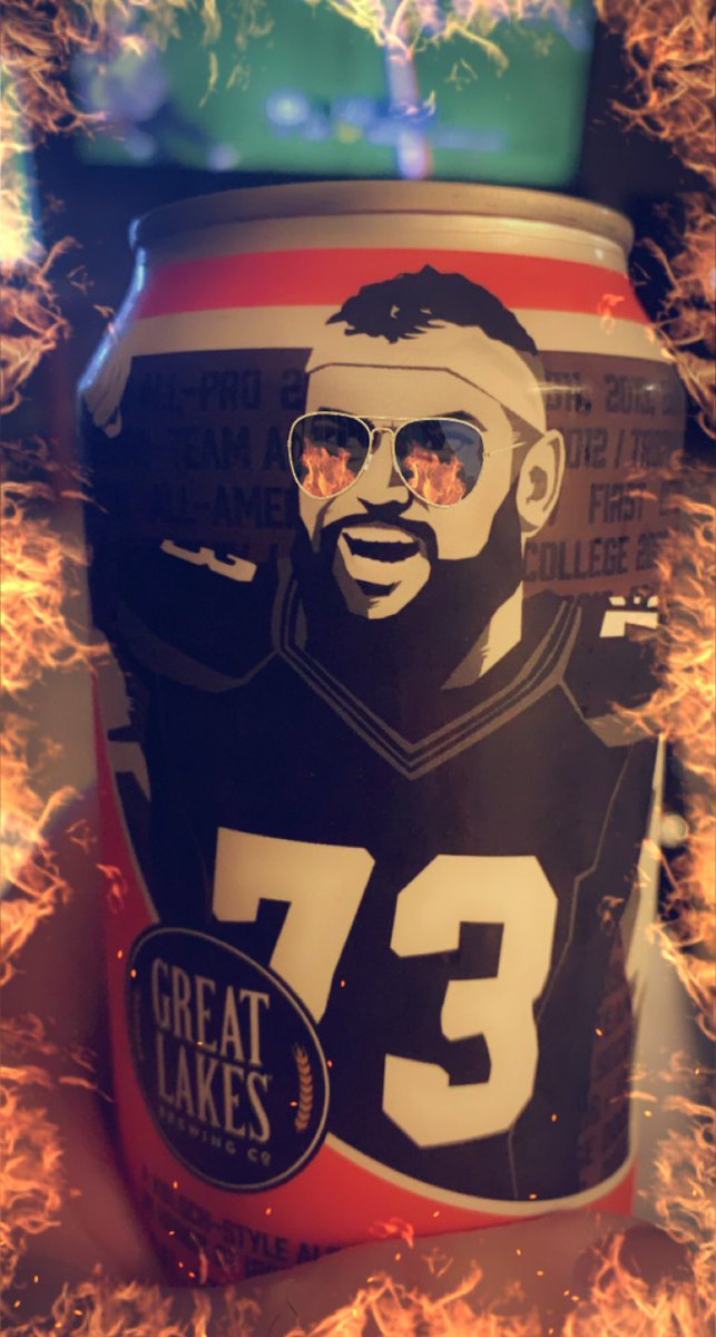 @joethomas73  how bout them Browns! Victory beer! https://t.co/p9eDM2e4WH