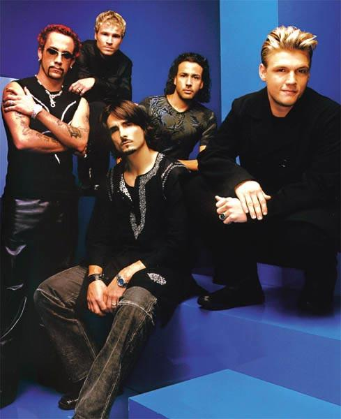 Travel back in time 20 years and relive the album that gave us Shape of My Heart 🖤💙 Queue up the @BackstreetBoys's iconic Black & Blue and more   #BlackAndBlue20