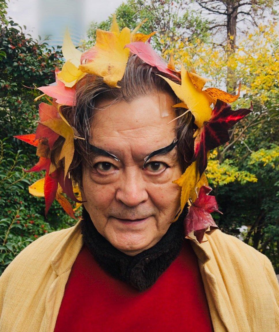 #秋 もいよいよ終わりになってきたので #煉獄 さんになってみました。落ち葉がきれいだったので、くっつけてみました。 #穴があったら入りたい !!    #鬼滅の刃