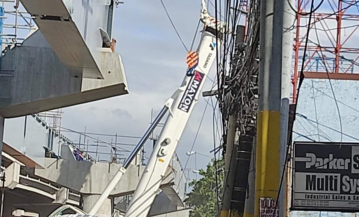 The labor department's regional office has temporarily halted the construction work on the Skyway road extension project after an accident killed one and injured six others over the weekend, an official said on Monday.  READ: https://t.co/3pxnxGviWr https://t.co/LSrV5pL1Lb