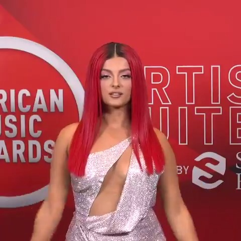 Oooo @BebeRexha called her #AMAs performance with @DojaCat prehistoric. It absolutely did not disappoint!