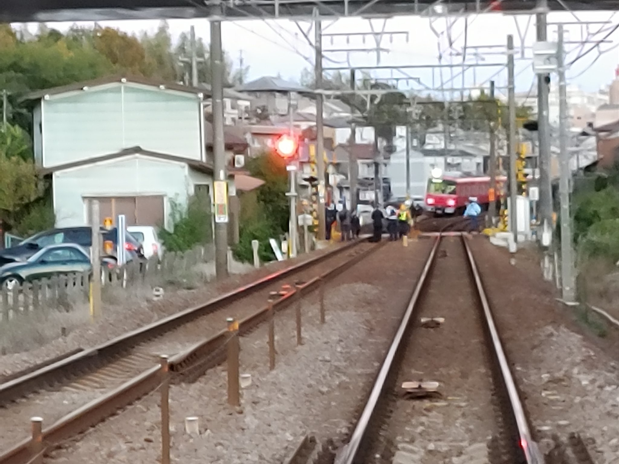 名鉄名古屋本線の踏切で人身事故が起きた現場の画像