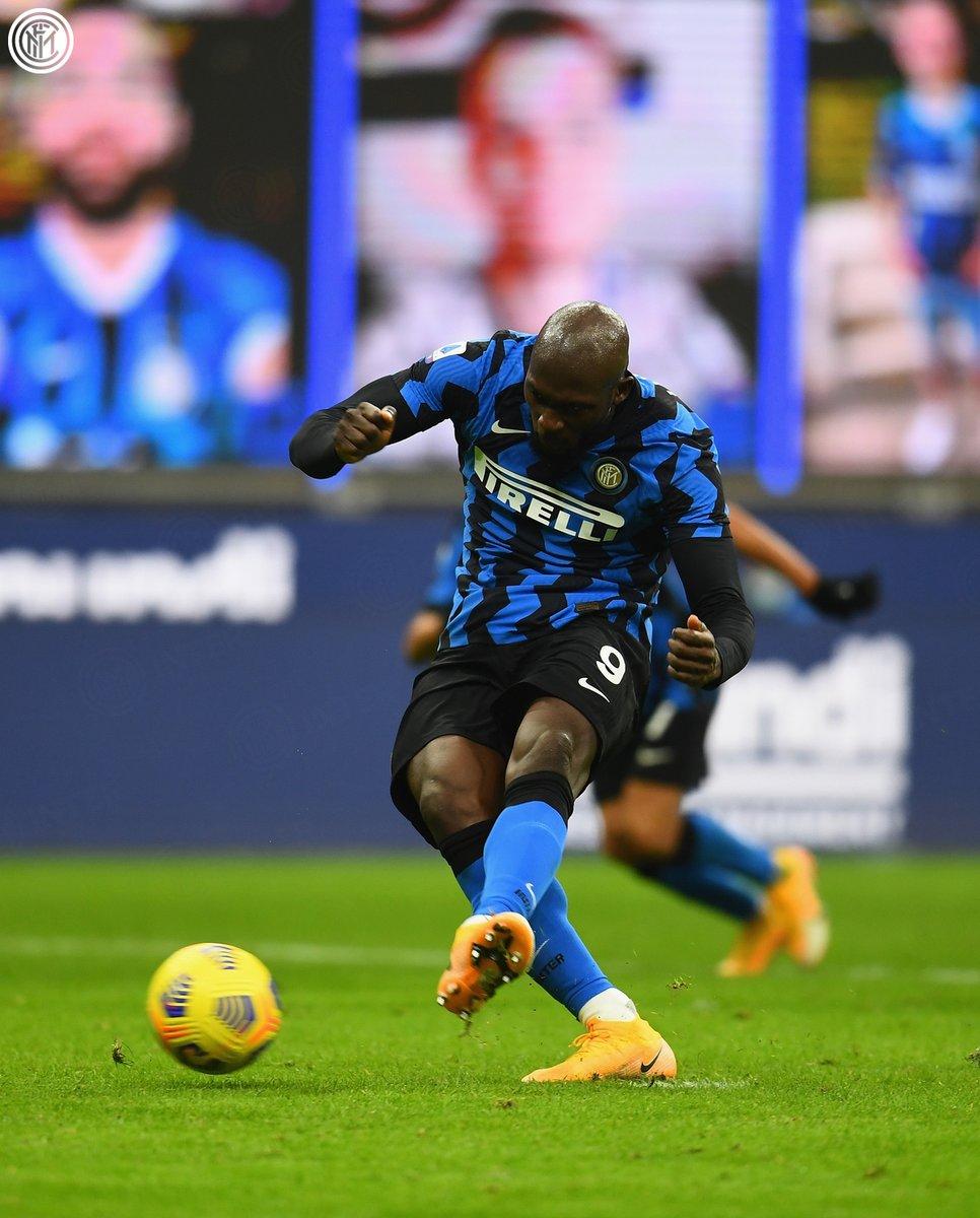 🎯 | LETAL  @RomeluLukaku9 ha marcado 30 goles en 43 partidos de @SerieA_ES desde que se unió al Inter el verano pasado 💪🤩  #InterTorino #FORZAINTER ⚫️🔵
