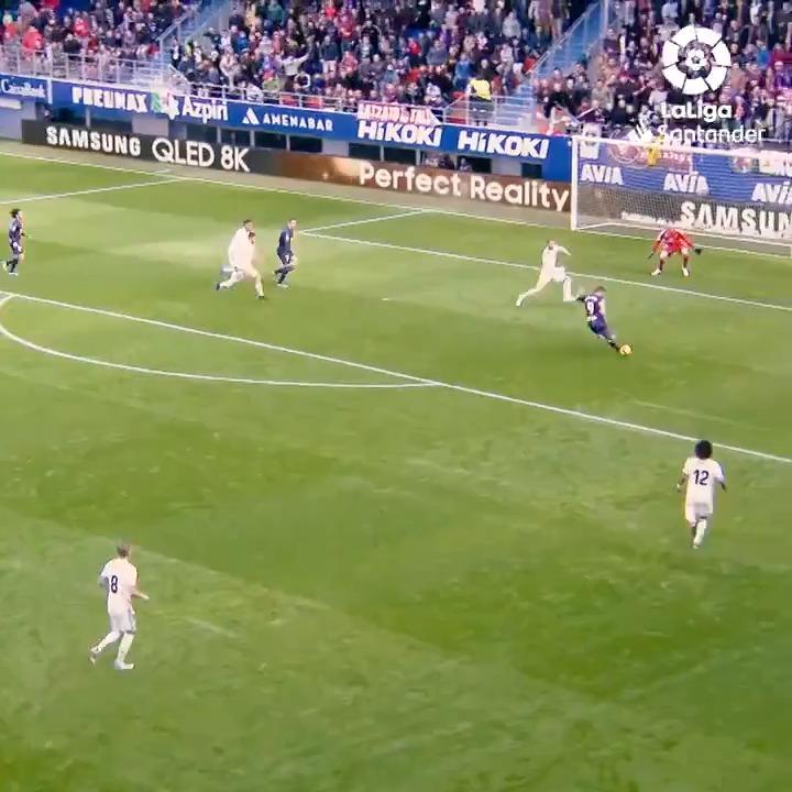 🗓 24-11-2018 🏟 Ipurua  ⚽🔙 ¡La @SDEibar vencía al Real Madrid por primera vez en su historia en #LaLigaSantander!  #TalDíaComoHoy #HayQueVivirla