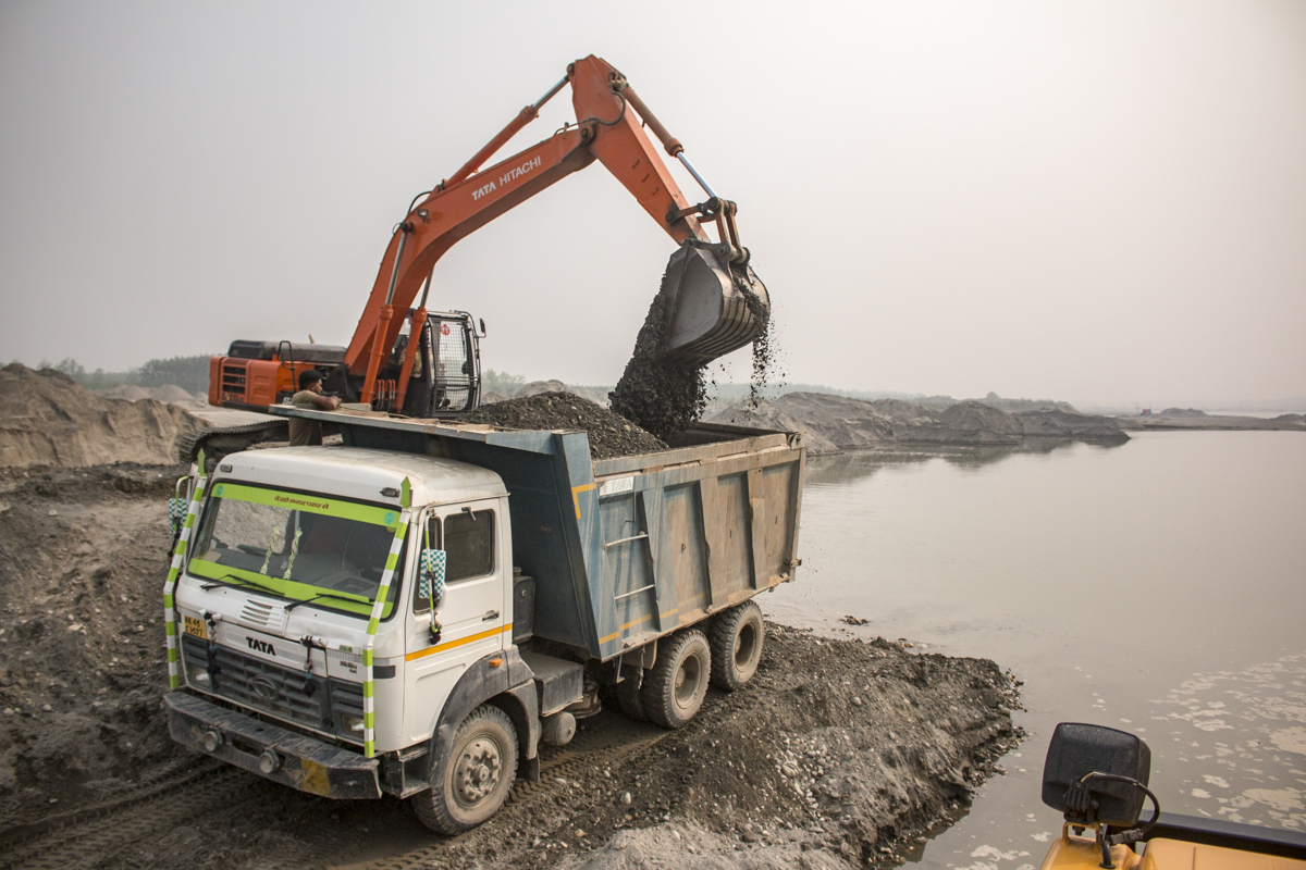 Legal sand mining can also be illegal. Every such activity requires environment clearance. Most entities in mining have it but they don't comply with all the conditions they are asked to, says @vikranttongad, environmentalist. Read:  @yamunajiye @vimlendu