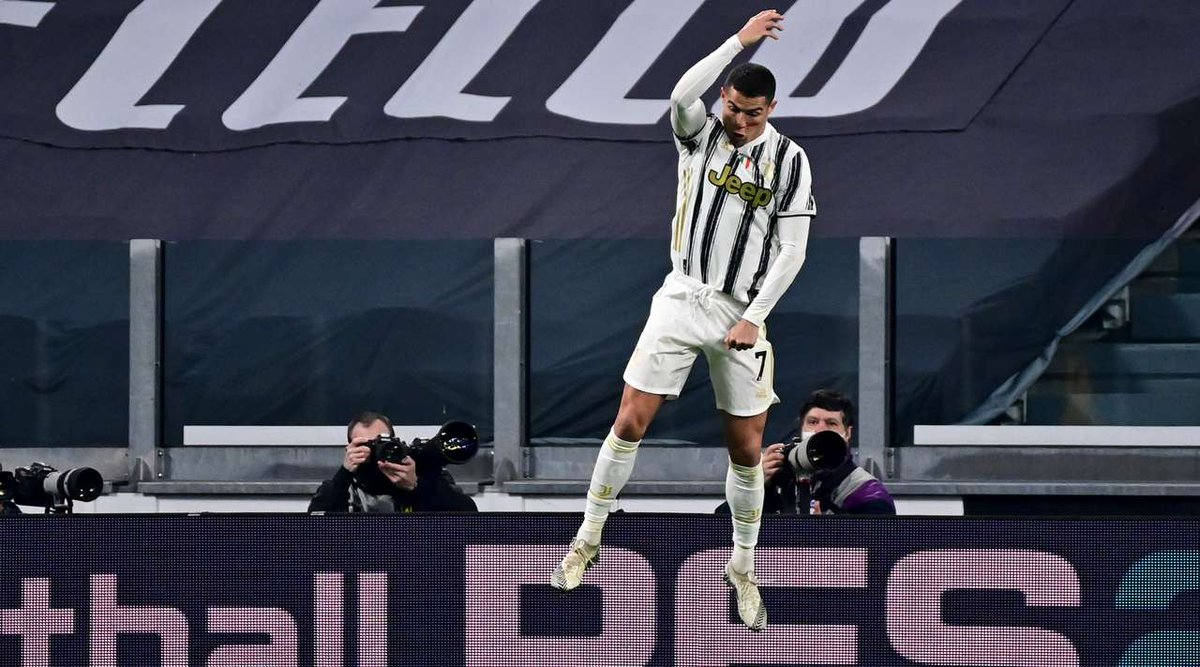Juventus vs Cagliari. Ronaldo continued with his great form scoring twice to help his side claim all three points. https://t.co/huMg55Xpdg