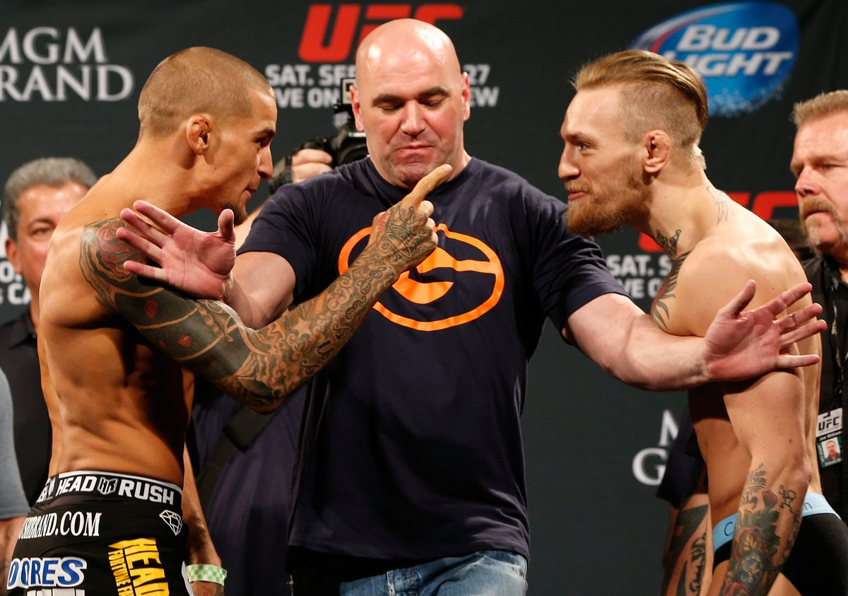 Who takes the rematch❓  @DustinPoirier vs @TheNotoriousMMA at #UFC257 https://t.co/znZJQWJiAa