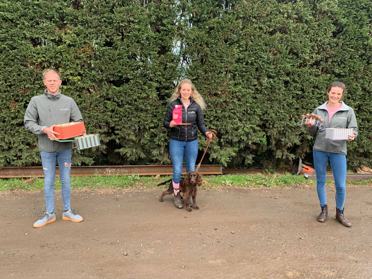 Creative Equine supports Breast Cancer Now's #WearItPink  Equestrian Marketing Agency Creative Equine is proud to support the Breast Cancer Now #WearItPink initiative, with the sale of homemade cakes at its farm office in Kent. Read the full story here:
