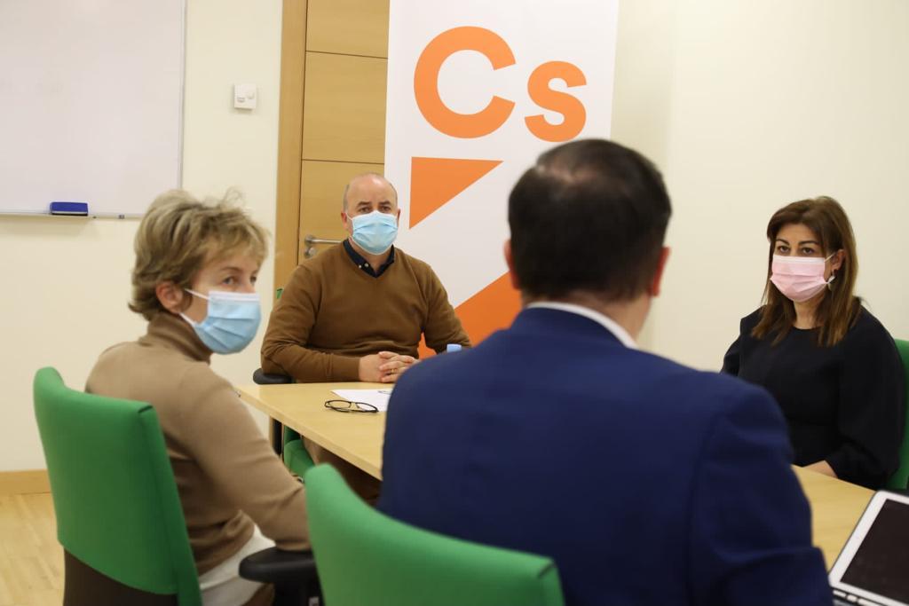 test Twitter Media - Nos reunimos en las @Cortes_CYL con el Grupo de @CiudadanosCs para apoyarles en las mejoras del sistema de cuidados a las #personasmayores en la futura Ley de Atención Residencial de Castilla y León. 🧓 #AESTEinforma https://t.co/oNttun6QXg