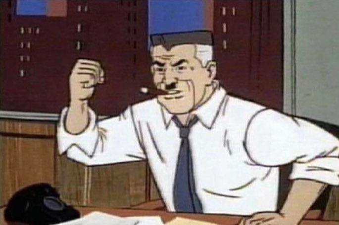 Los hombres de verdad no piden nudes. Los hombres de verdad golpean la mesa pidiendo mas fotos de Spiderman
